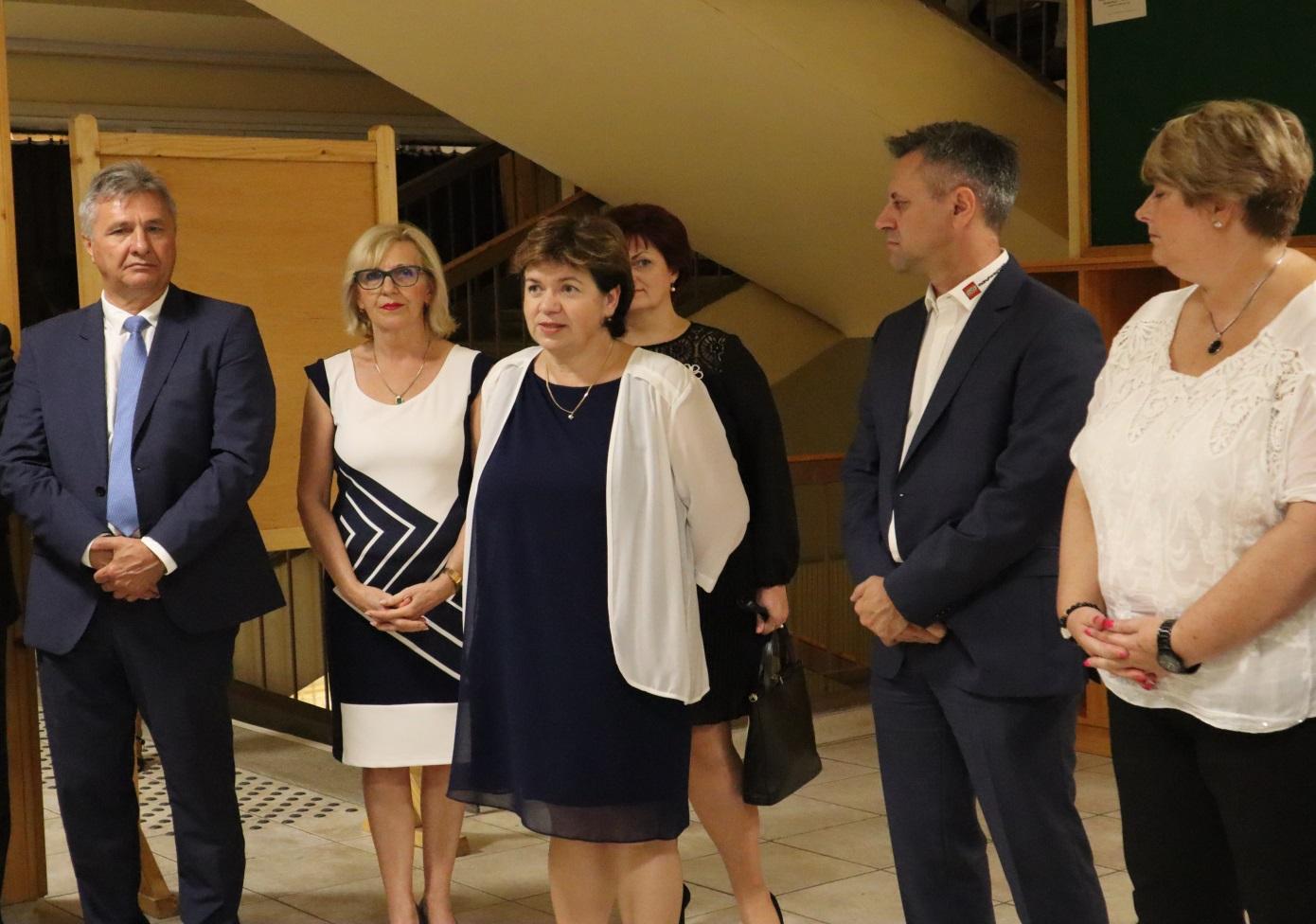 Kopasz Anikó a H – Didakt Kft. ügyvezetője üdvözli a kezdeményezést
