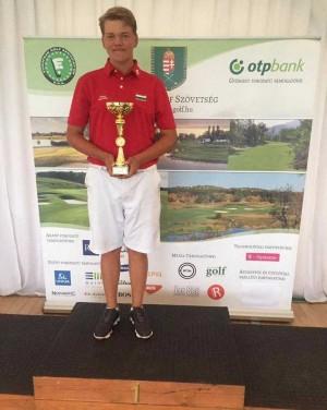Golf sikerek az Eötvösben