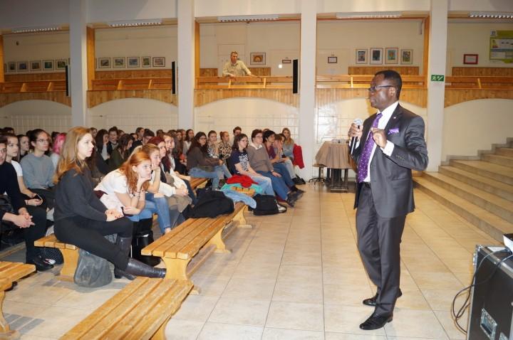 Tájékoztató a franciaországi továbbtanulási lehetőségekről és ösztöndíjakról
