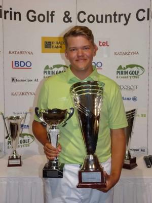 Újabb golf siker