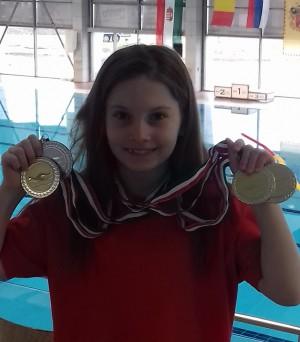 Víz világnapi úszóverseny